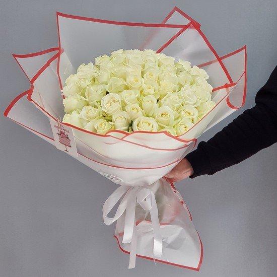 «51 роза Аваланж 45 см»
